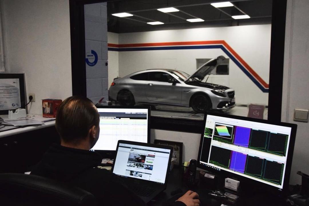 Chiptuning Customized | TÜV, engine warranty & dyno-measured